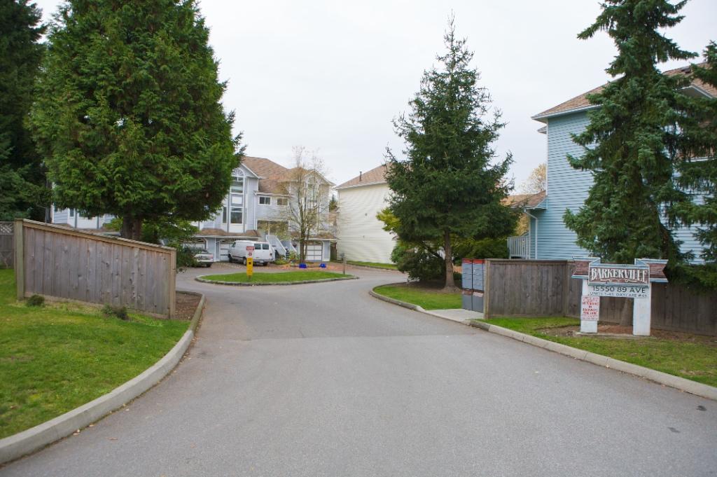Barkerville: 15550 89th Avenue, Fleetwood Tynehead, Surrey, BC
